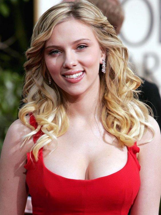 Scarlett_Johansson_4.jpg