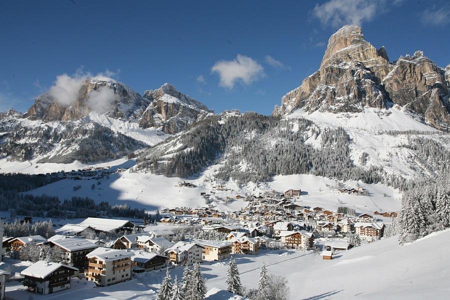 corvara-verschneit-im-winter-alta-badia.jpg