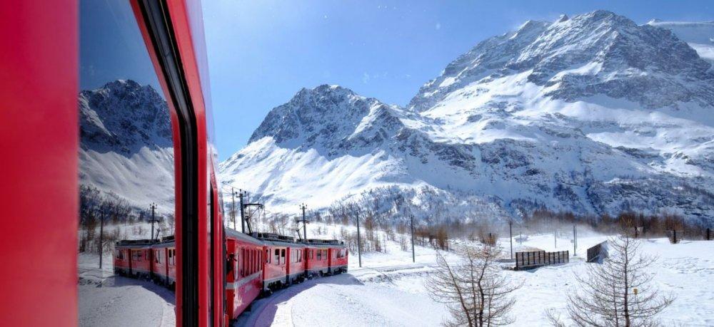 trenino-rosso-inverno.jpg