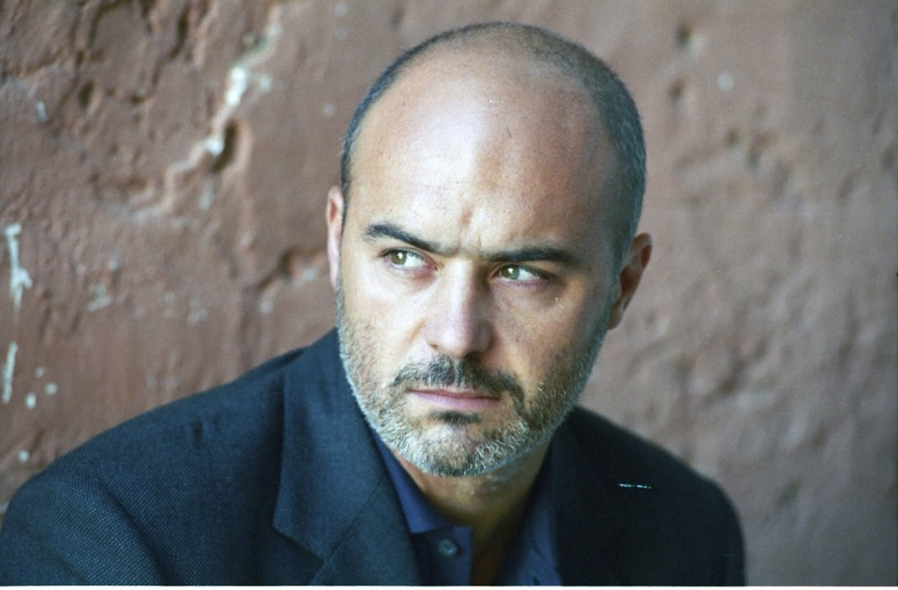 1296154-low_res-inspector-montalbano.jpeg