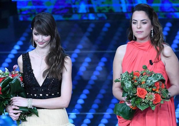 Anouchka Delon e Annabelle Belmondo.jpg