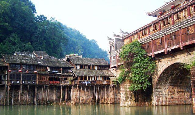 Lantica-città-di-Fenghuang-in-Cina-18.jpg
