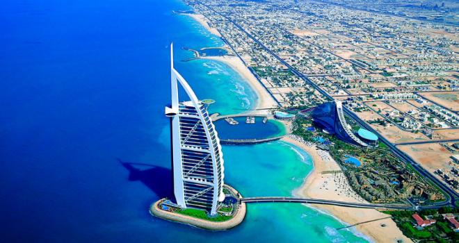 Burj-Al-Arab-hotel-sette-stelle-.jpeg