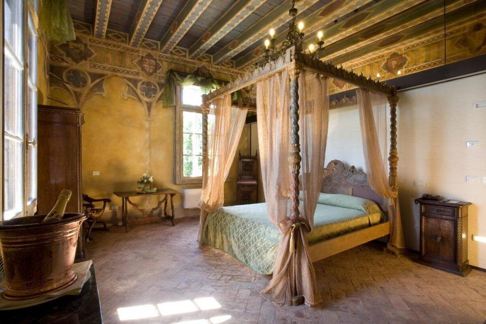 Castello-Bevilacqua.jpeg