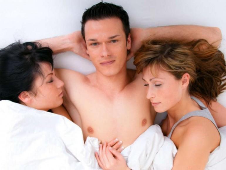 threesome-770x577.jpg