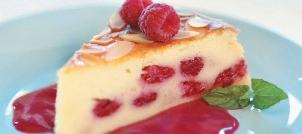 torta-alla-yogurt-con-frutta.jpeg
