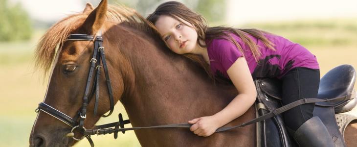 Animale-terapia-cavalli-per-condizioni-fisiche-bambini.jpg