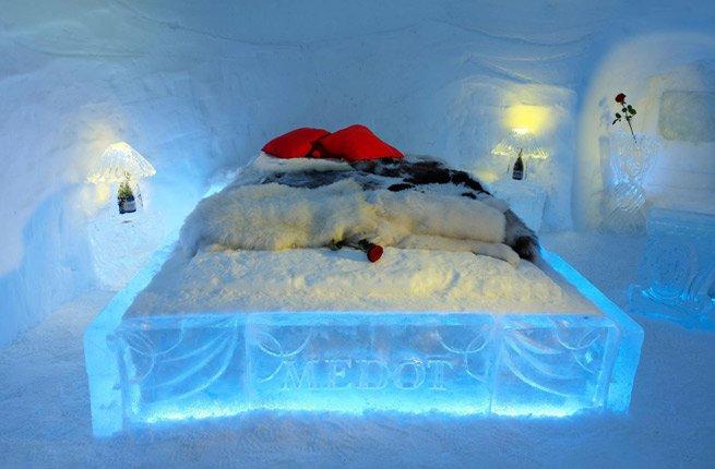 ice_hotel_slovenia.jpeg