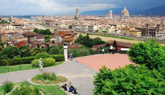 Florence-Piazzale-Michelangelo.jpg
