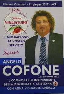 angelo-cofone-907412_tn.jpg