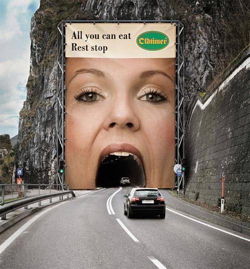 18-galleria-cartello-pubblicitario-forma-bocca.jpg