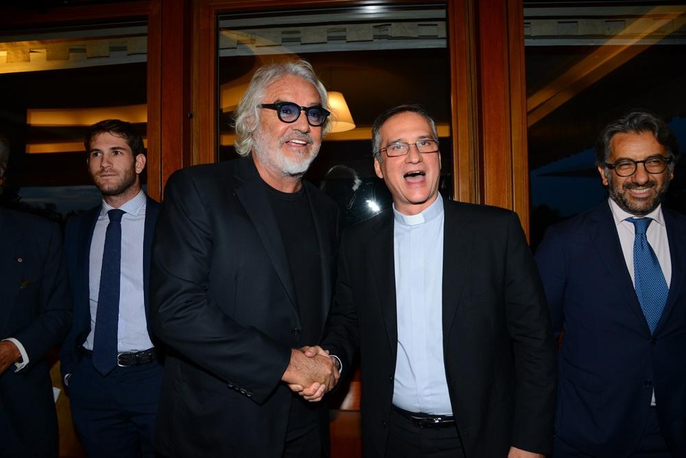 Flavio-Briatore-e-Monsignor-Viganò-1.jpg