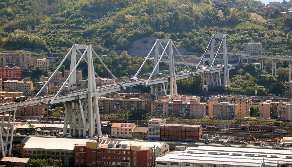 Genova_Ponte_Morandi.jpg