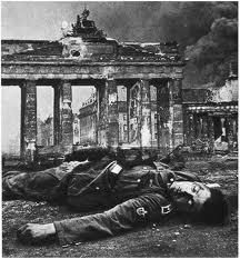 berlino-1945.jpg