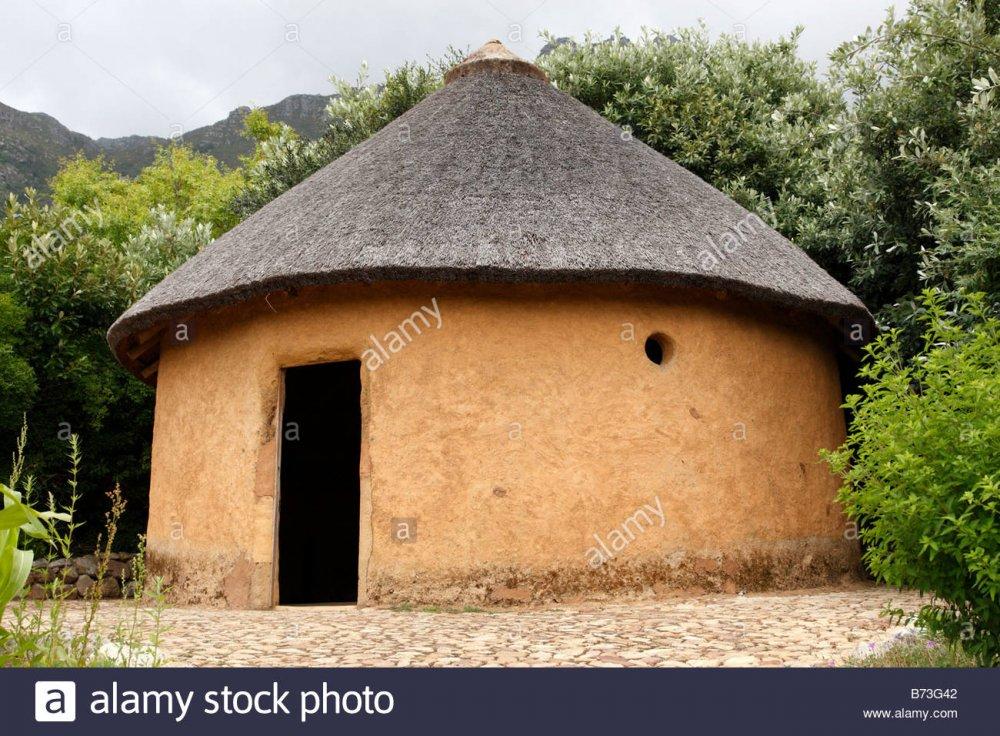 capanna-africana-entro-le-piante-utili-giardino-di-kirstenbosch-national-botanical-garden-citta-del-capo-sud-africa-b73g42.jpg