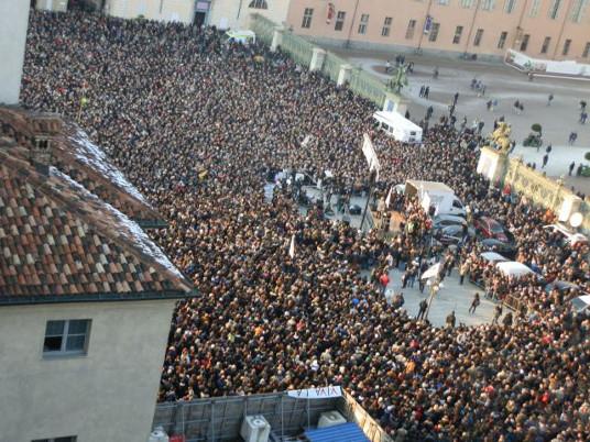 Torino-Piazza-Grillo.jpg